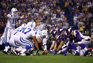 Nfl-vikings-defensive-line-home-2008-stockpic